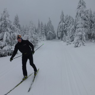 Jak się ubrać na narty biegowe